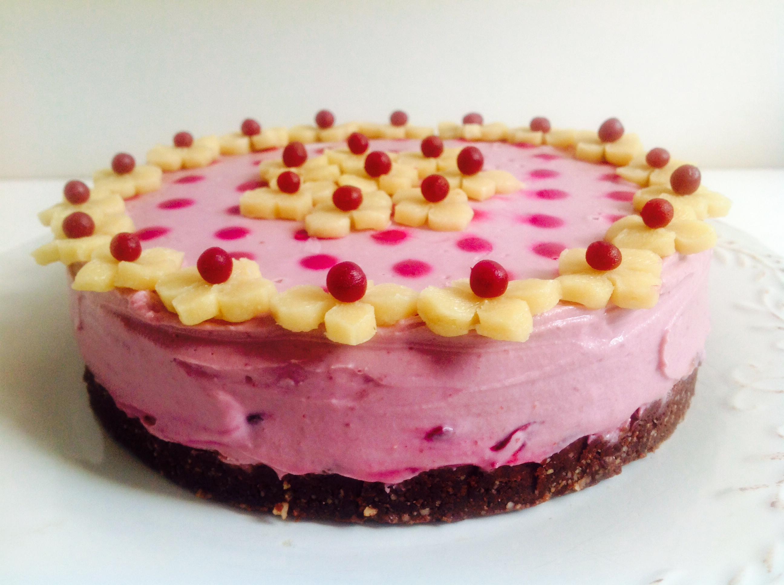 """""""Mon cherry"""" cheesecake"""