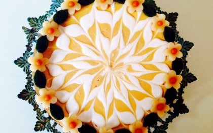 """Oopsie Daisy"" swirl cake apricot"