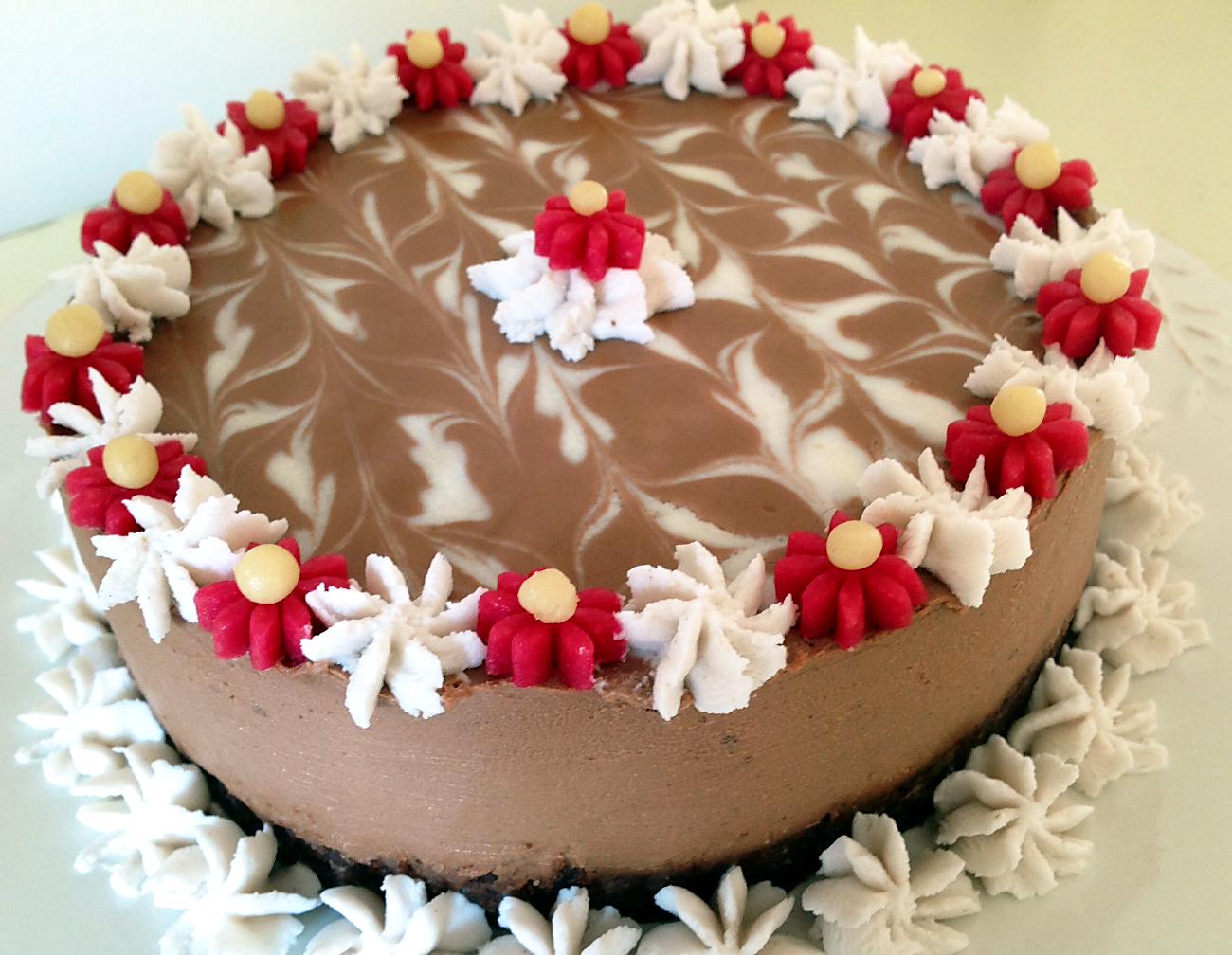 schokoladen-rohkosttorte