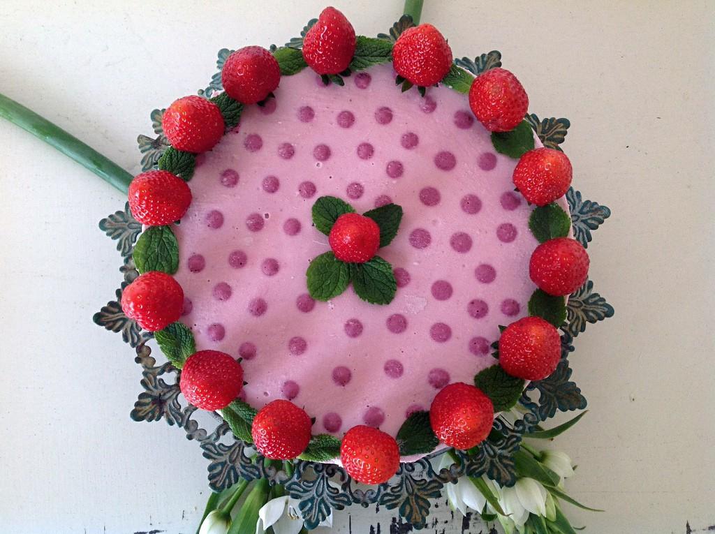 erdbeer-rohkosttorte-fermentiert3